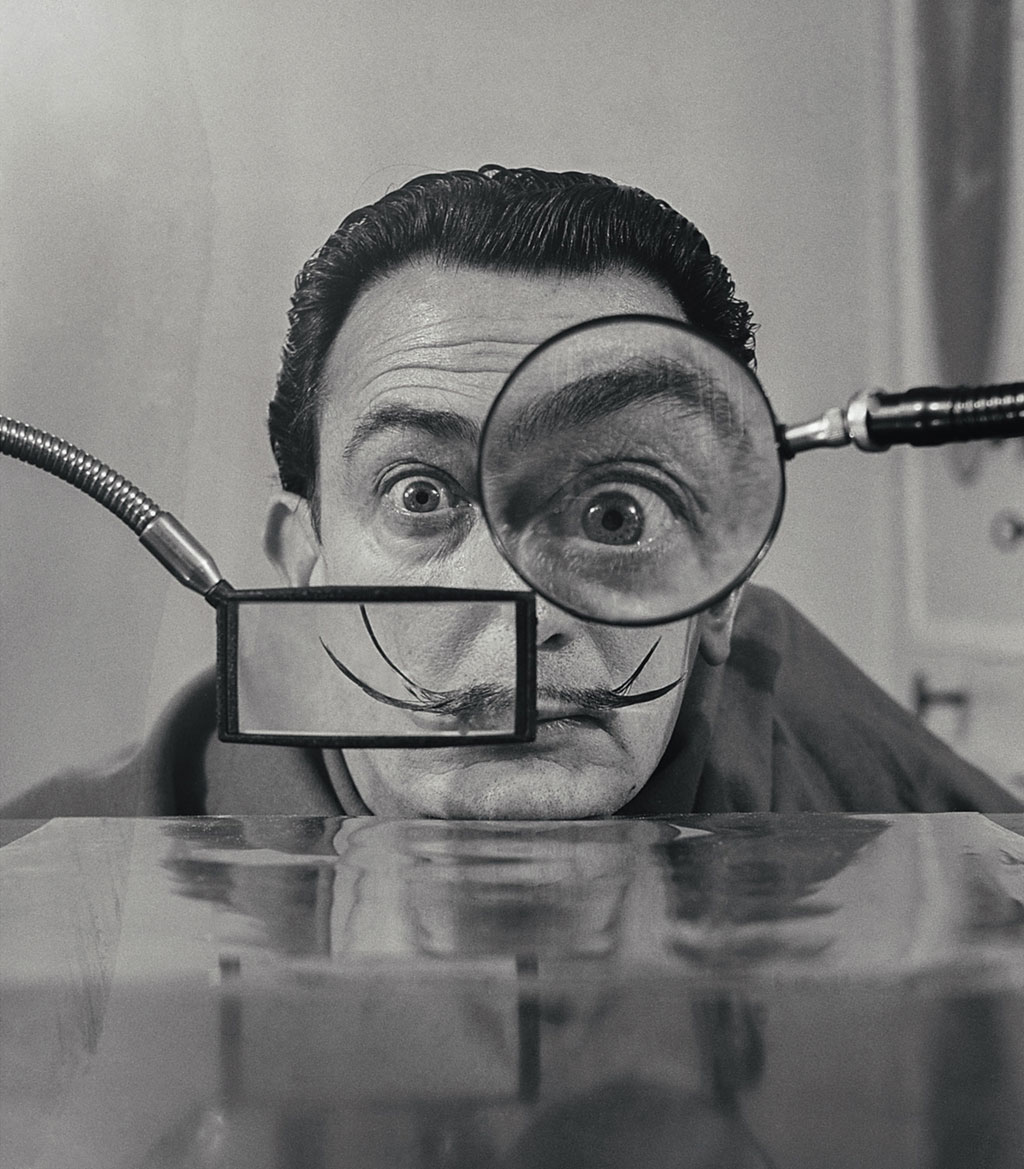 Willy-Rizzo,-Salvador-Dali---Loupes,-Paris,-1949