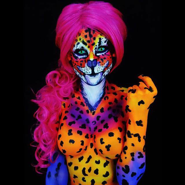 Bodypainter Corie Willet twistinbangs Completely Transforms Herself Into Beautiful Nightmares (6)