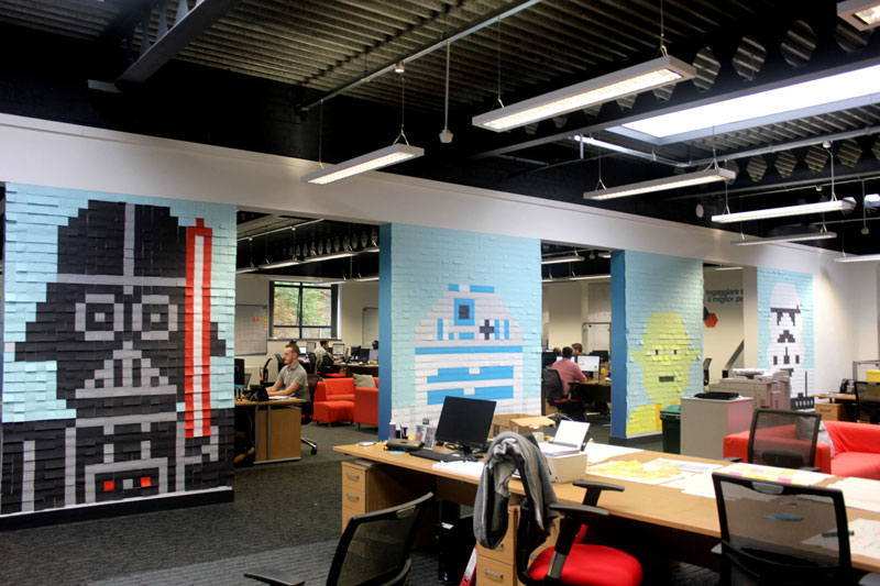 Co-Workers Use Post-Its to Turn Boring Office Walls Into Awesome Star Wars Characters (1)