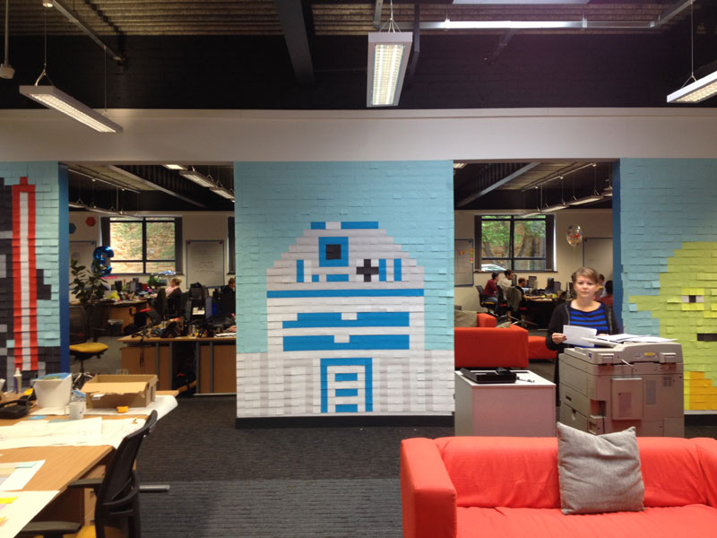 Co Workers Use Post Its To Turn Boring Office Walls Into Awesome Star Wars