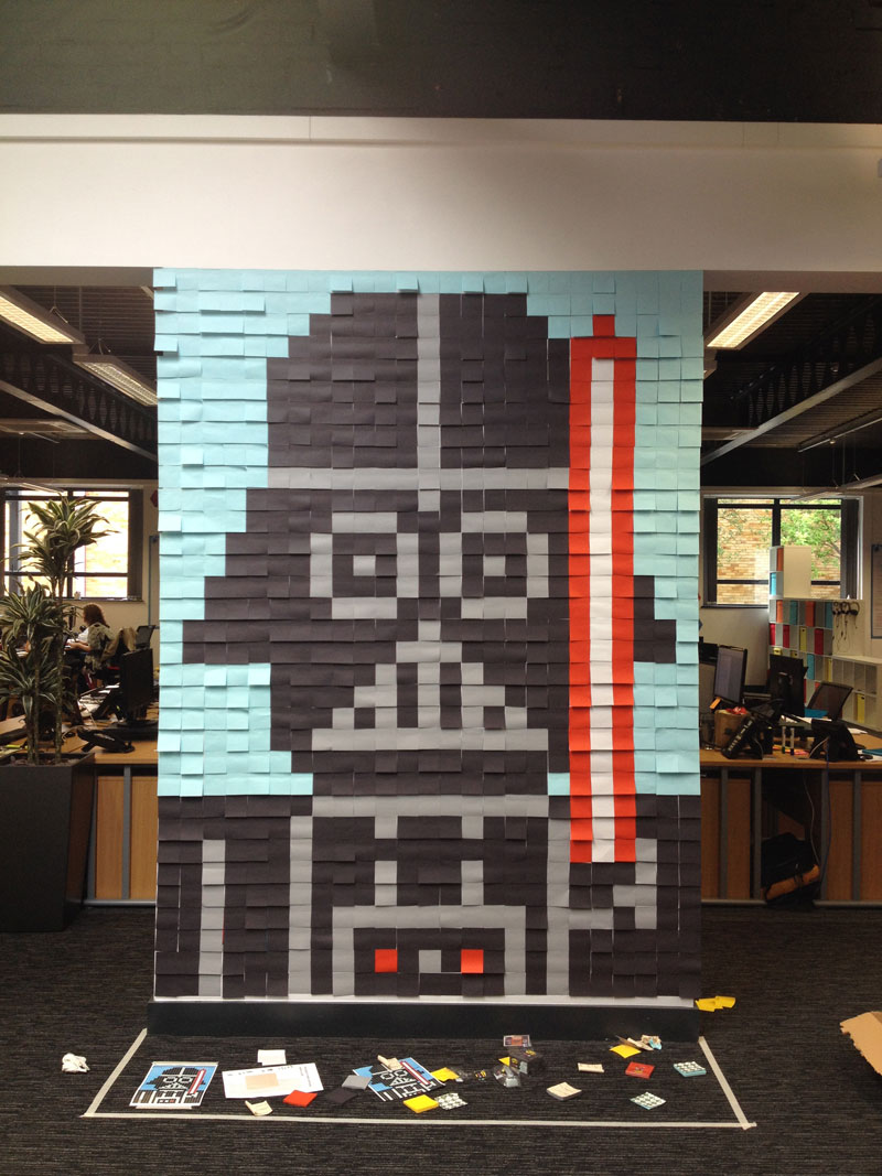 Co-Workers Use Post-Its to Turn Boring Office Walls Into Awesome Star Wars Characters (3)