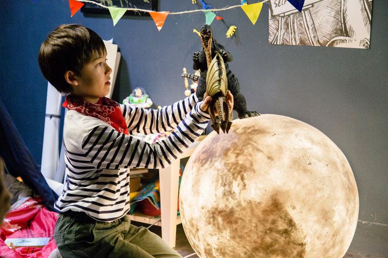 lantern looks like the moon luna by acorn studio (4)