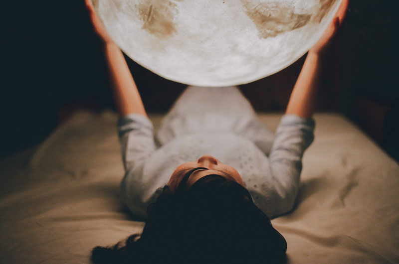 lantern looks like the moon luna by acorn studio (5)