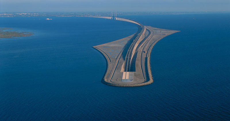 This Amazing Bridge Turns Into a Tunnel and Connects Denmark andSweden