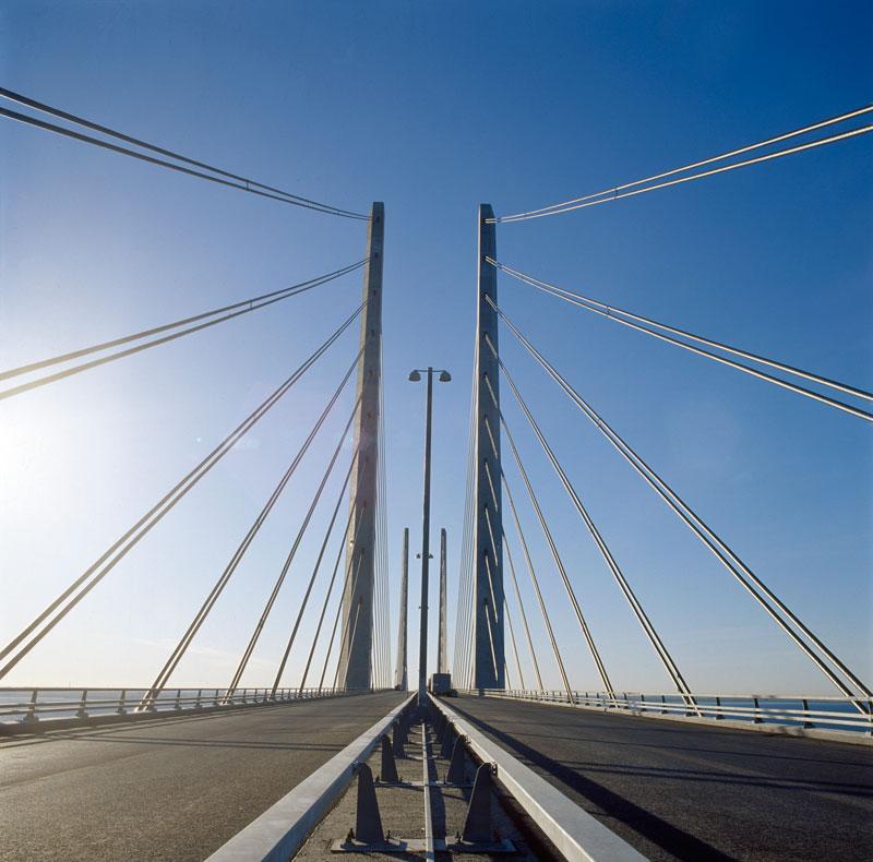oresund bridge tunnel connects denmark and sweden (5)