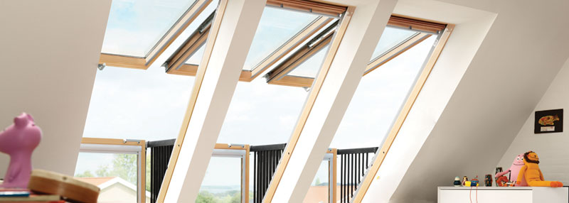 roof window opens into balcony velux cabrio (3)