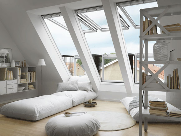 roof window opens into balcony velux cabrio (4)