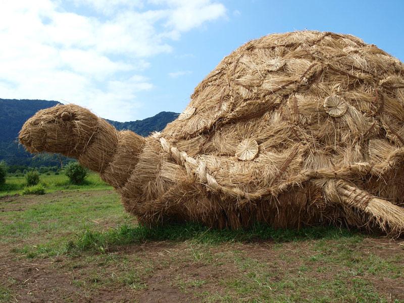 straw art festival niigata city japan (4)