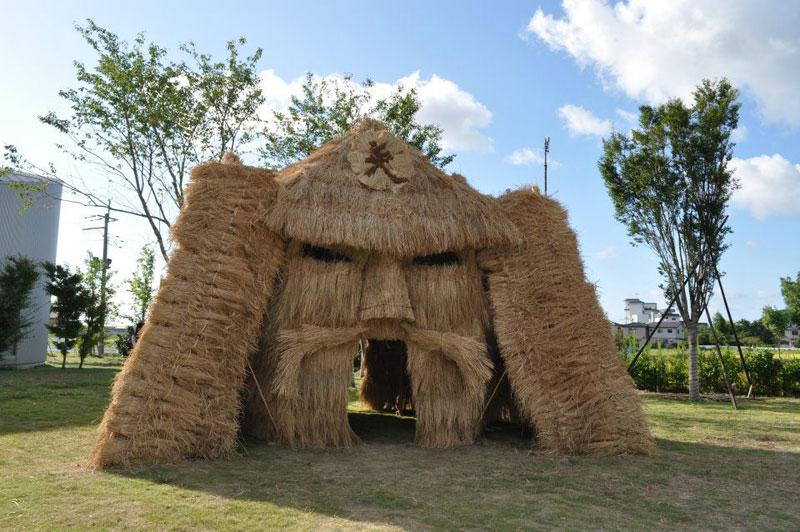 straw art festival niigata city japan (7)