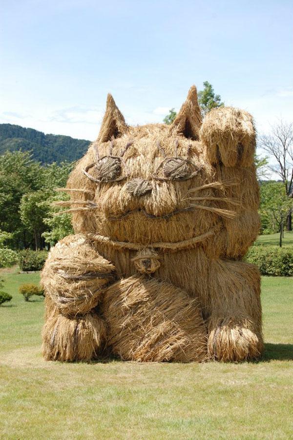 straw art festival niigata city japan (9)