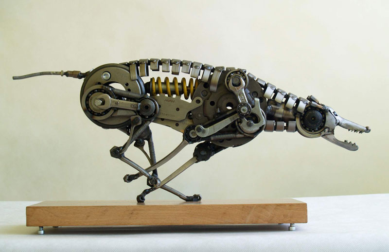 Tomas Vitanovsky makes animal sculptures out of scrap metal (4)