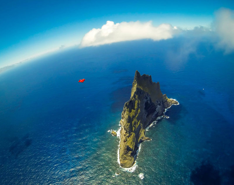 balls pyramid jeb corliss Wingsuit Flying Over the Worlds Tallest Volcano Stack