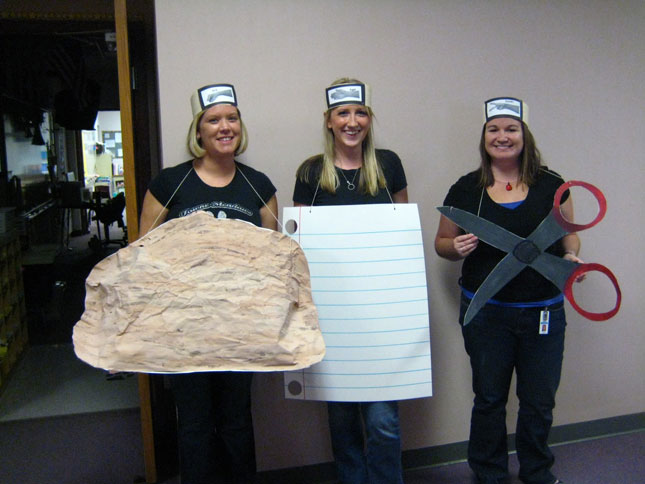 cheap easy diy group costumes for halloween (23)