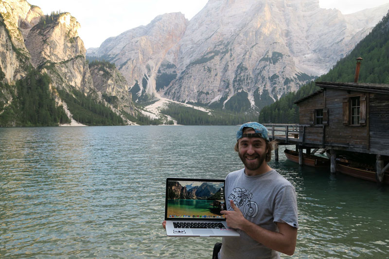 Picture of the Day: Finding Your Desktop Background In Real Life