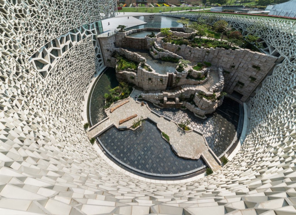Picture of the Day: Oval Courtyard at the Shanghai Natural History Museum