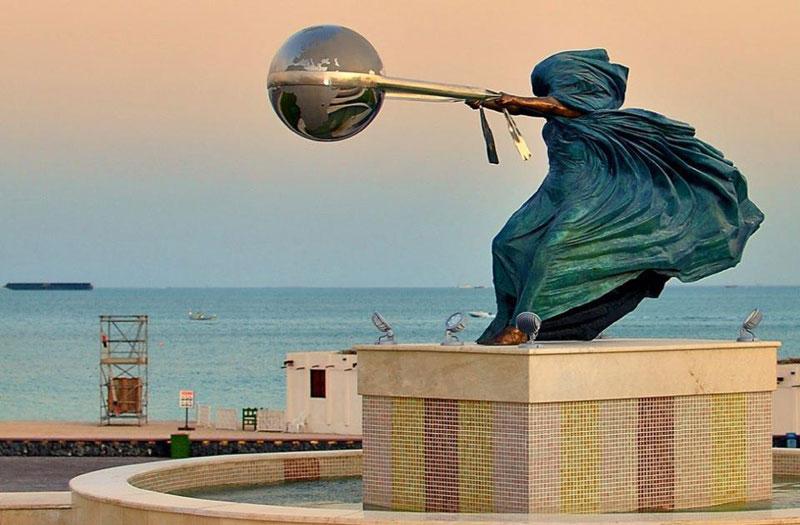 sculptures by lorenzo quinn artist (2)