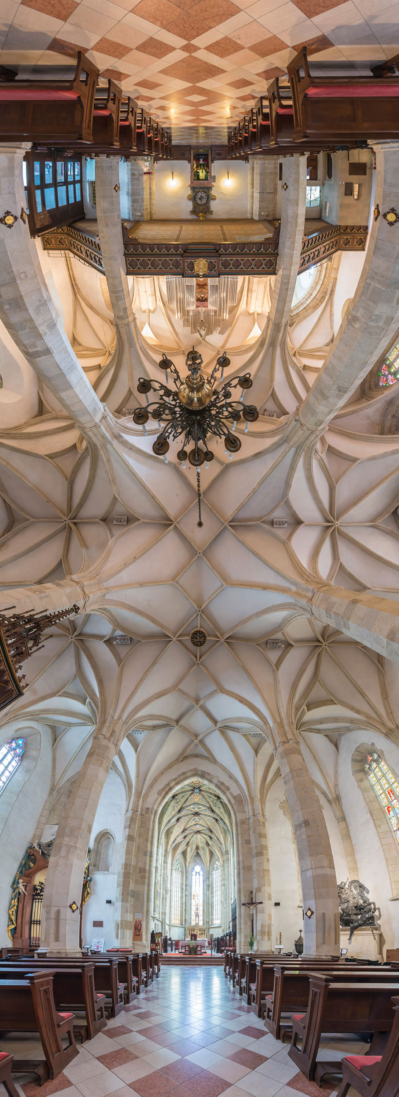 Vertical Panoramas of Church Ceilings Around the World (9)