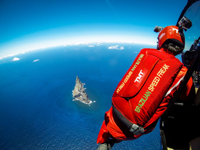 Wingsuit-Flying-Over-the-World's-Tallest-Volcano-Stack-(1)