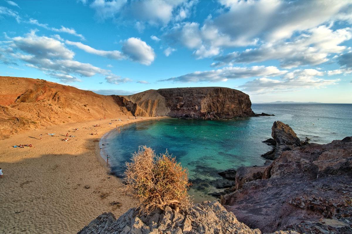 playa de papagayo beach lanzarote canaray islands spain Picture of the Day: Playa de Papagayo, Canary Islands, Spain