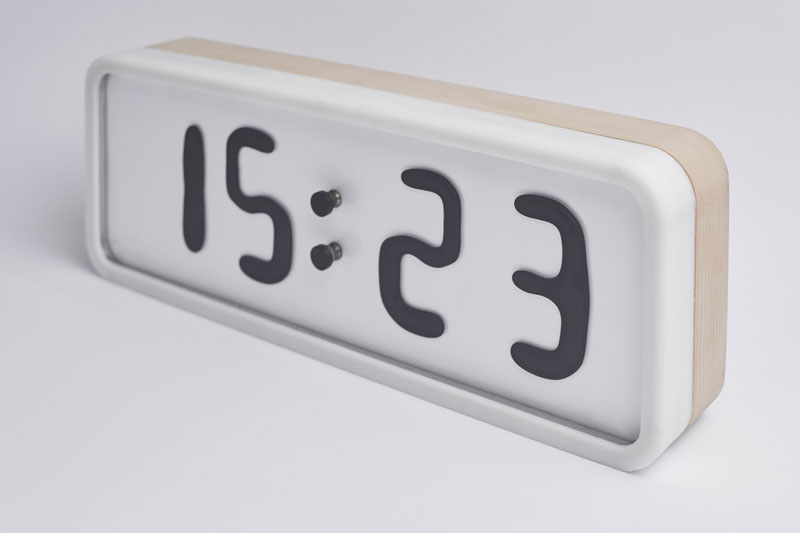 Rhei Electro-Mechanical Clock with Liquid Display Mangets Ferrofluids (2)
