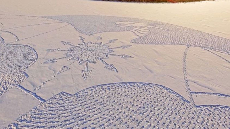 snow dragon made from snowshoe prints by simon beck (2)