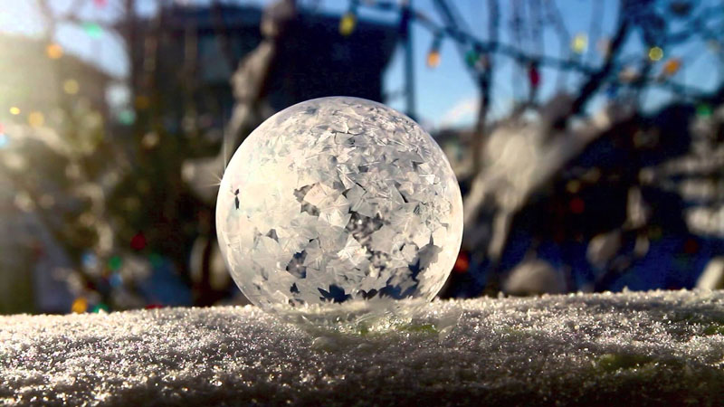 Watch What Happens When You Make Soap Bubbles in the FreezingCold