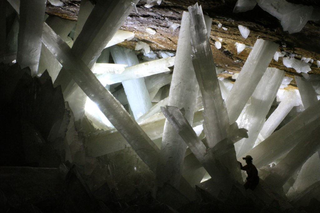 Picture of the Day: The Cave of Crystal Giants