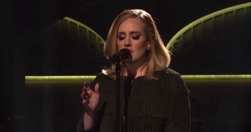 Adele's Raw Mic Feed from her SNL Performance is Beautiful