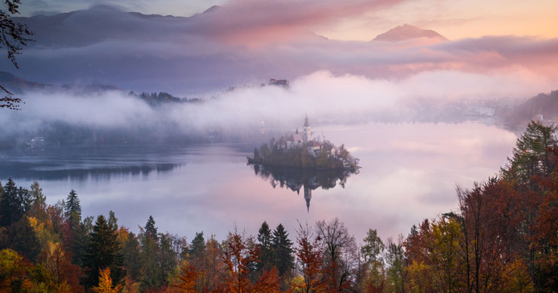 A Sublime Autumn Timelapse Through Croatia and Slovenia