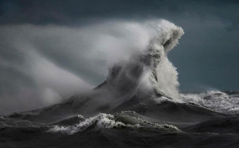 crashing waves liquid mountains by dave sandford (10)