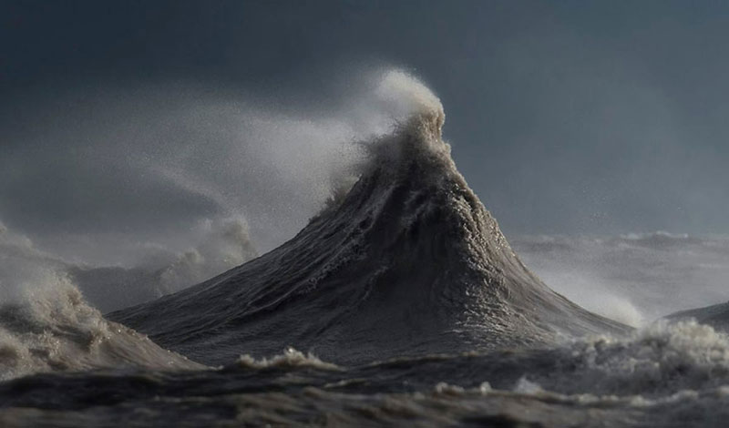 crashing waves liquid mountains by dave sandford (11)