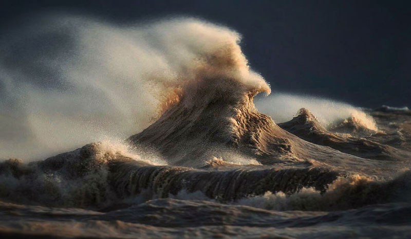 crashing waves liquid mountains by dave sandford (15)