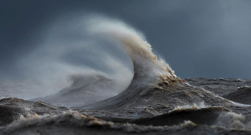 crashing waves liquid mountains by dave sandford (7)