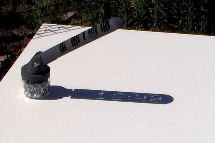 digital sundial that you can 3d print yourself by mojoptix (3)