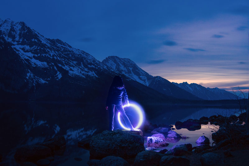 long exposure light painting with led hula hoop by grant mallory (1)