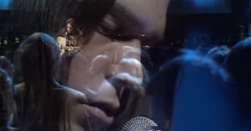 Neil Young Performs a Song He Just Wrote Called 'Old Man',1971