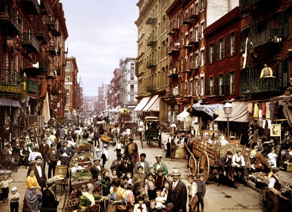 Picture of the Day: Mulberry Street, New York City 1900