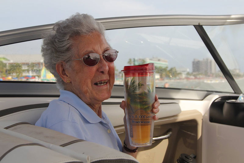 90-Year-Old Woman Chooses Epic Road Trip With Family Over Cancer Treatment (1)