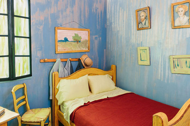 Perfect AIC Museum Recreates Van Gogh Bedroom Painting And Puts It On Airbnb (4) Awesome Ideas