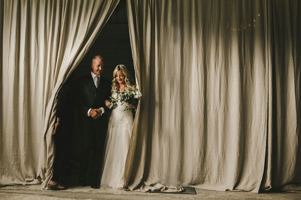 Shari-+-MIke-Photographers-Best-Wedding-Photo-2015-