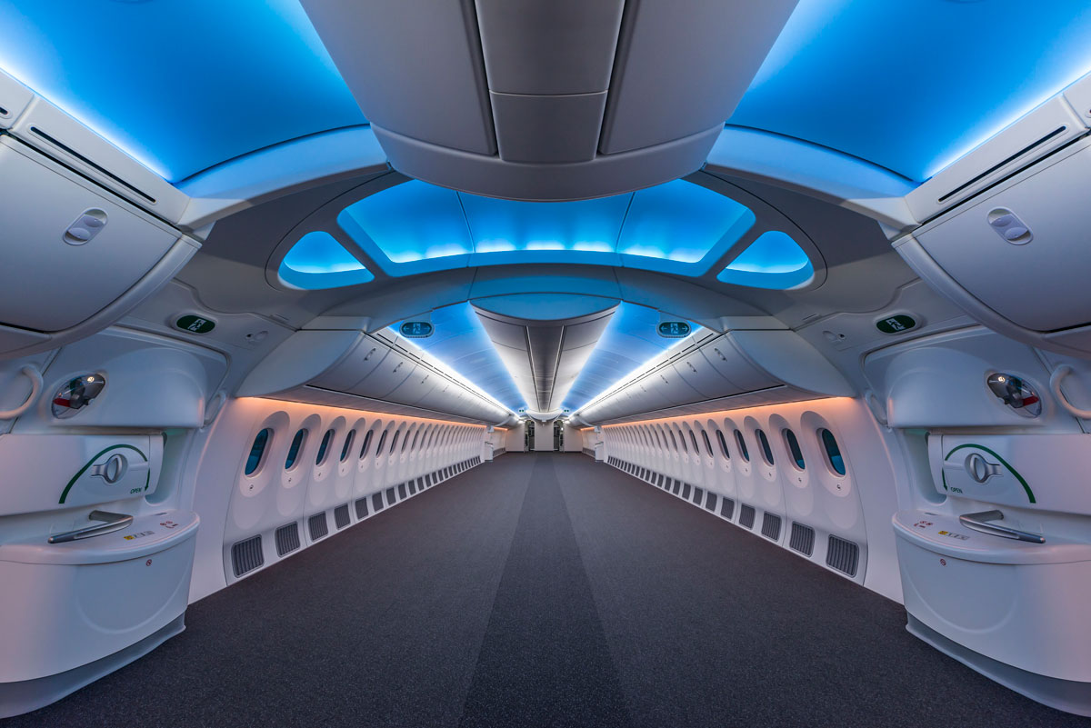 the inside of an empty boeing 787 8 Picture of the Day: The Inside of an Empty Boeing 787 Dreamliner