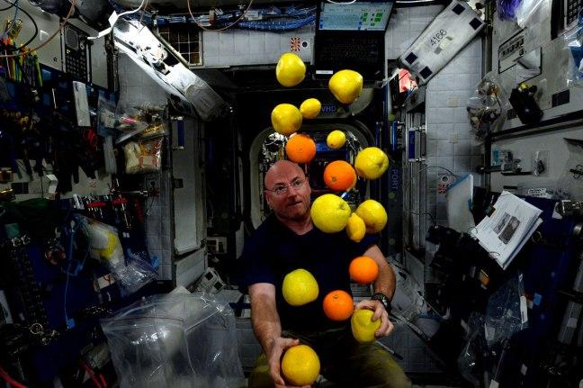 mejores fotografías de año en el espacio de la NASA Scott Kelly (15)