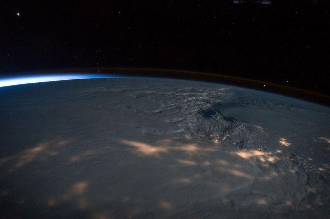 mejores fotografías de año en el espacio de la NASA Scott Kelly (36)