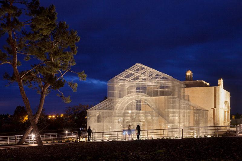 edoardo tresoldi wire mesh building (8)