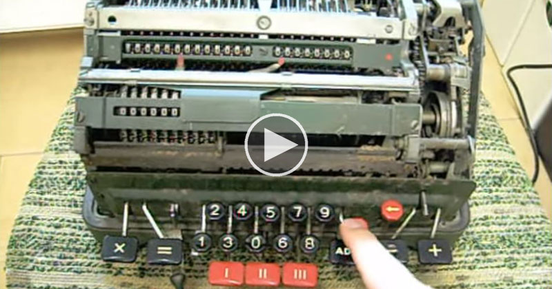 This Is What Happens When You Divide By 0 With A Mechanical Calculator
