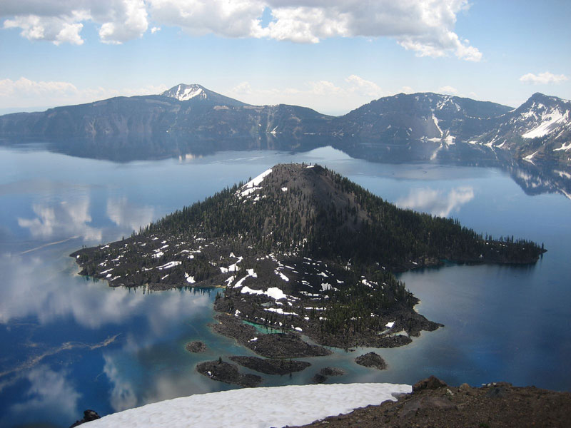 Wizard_island_crater_lake_oregon