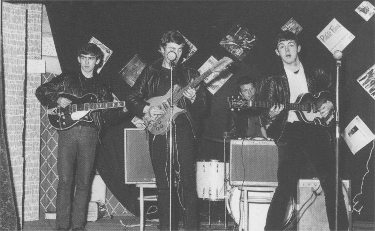 Candid Photos from the Time the Beatles Played to a Crowd of 18 People (3)