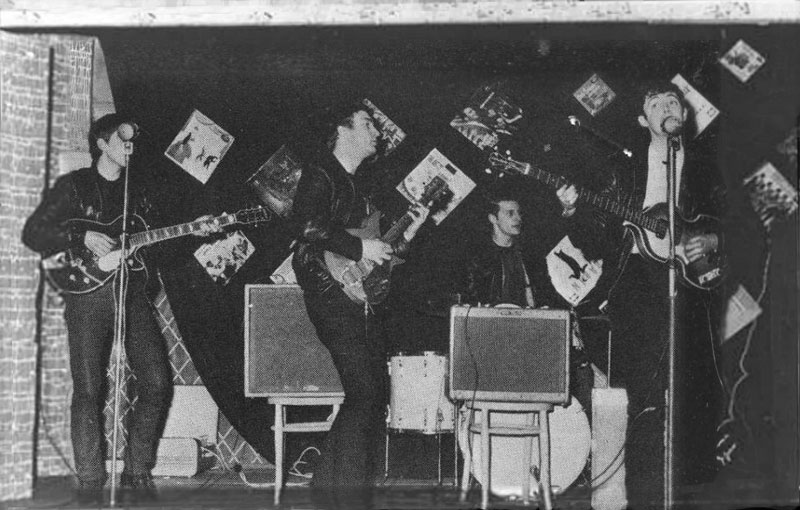 Candid Photos from the Time the Beatles Played to a Crowd of 18 People (4)