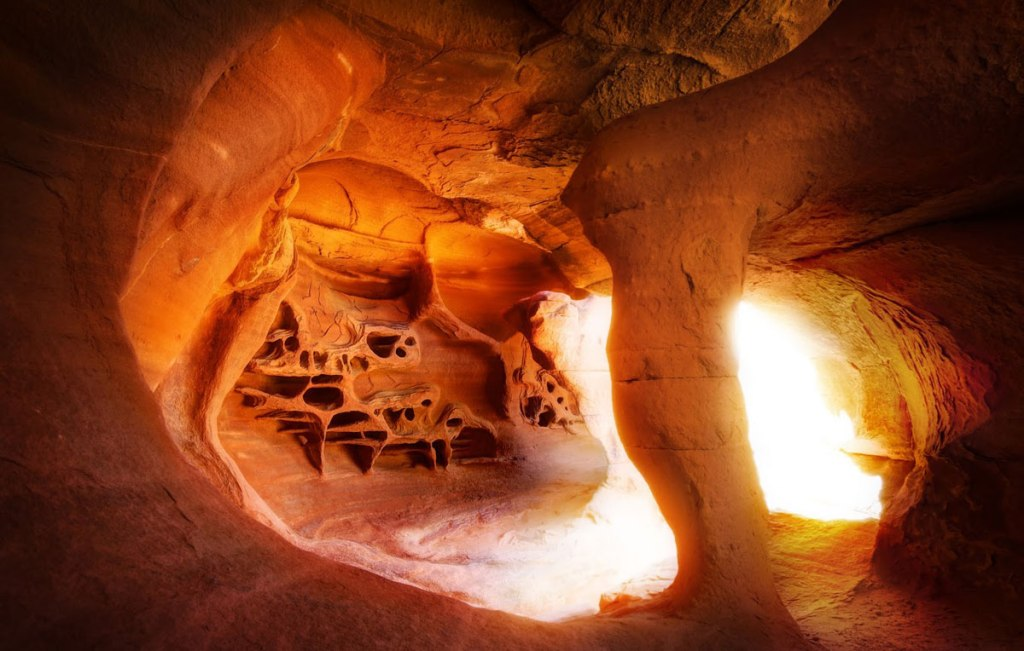 Picture of the Day: The Goblin Cave in Nevada's Valley of Fire