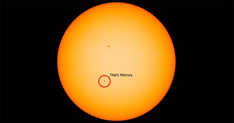 This Rare Mercury Transit Timelapse Really Puts the Colossal Size of Our Sun in Perspective
